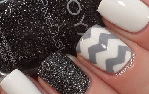 #nail nails nailart white nails, white and gray chevron nail, black and glitter nail. NAILS - DIY NAIL ART DESIGNS