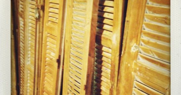 Oude louvredeuren louvredeur pinterest meubels decoratie en voor het huis - Decoratie hoofdslaapkamer ...