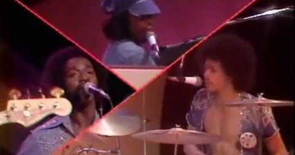 The Best Of Midnight Special 1975 Bee Gees Helen Reddy And More