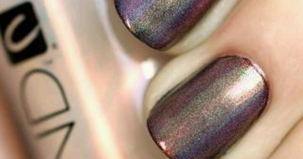 mood ring manicure:Start with your Blackjack base and add a stripe of