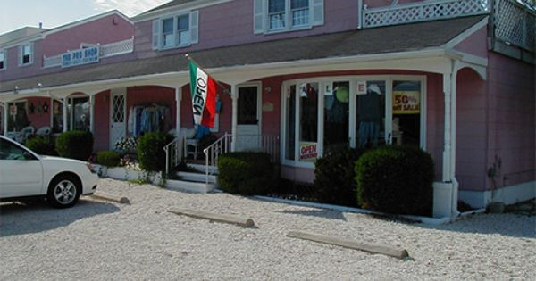 Lbi Clothing Store Tropics Too Is A Great Clothes Shop On Lbi Shopping Outfit Shopping Outdoor Decor