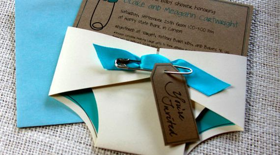 Baby Shower Invitations! What a cute idea! Great for a diaper shower