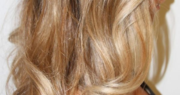 love this dark honey to champagne blonde ombre hair color
