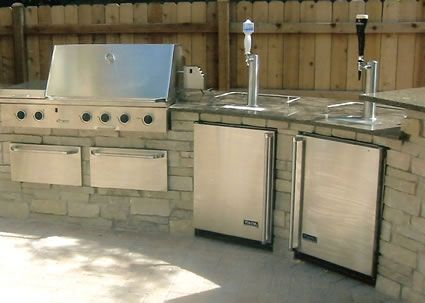 This Memorial Day Bring The Kegerator To The Bbq Kegerator Blog Outdoor Kegerator Outdoor Kitchen Home Brewing Equipment