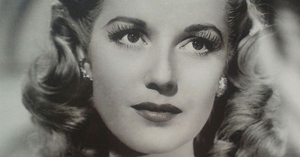 1940s Hairstyles For Womens To Try Once In Lifetime - 1940S Hairstyles
