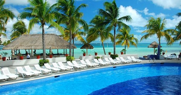 All Inclusive Honeymoon Vacations: The Oasis Palm Beach Offers All Inclusive Cancun Honeymoon