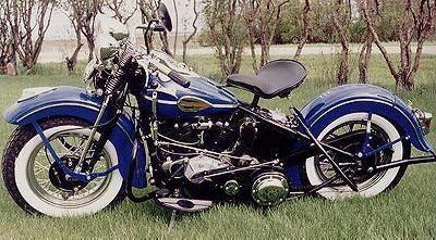 Harley Davidson: 1946 Harley-Davidson Knucklehead {yes.yes.yes}