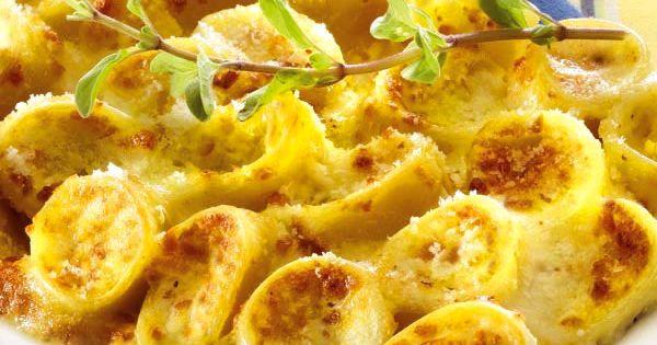 allo speck e mix di formaggi sono una pietanza rustica della cucina ...
