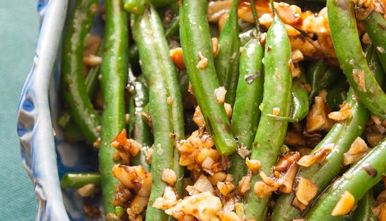 Green Beans with Garlic, Walnuts and Balsamic Vinegar. NOTE: walnuts should be