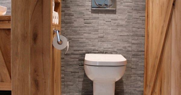 Landelijke wc met hout en grijze stenen bathrooms pinterest toilet bath and interiors - Wc c olour grijze ...