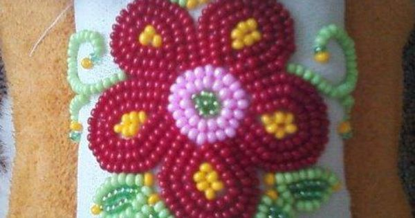 cree flower beadwork for a pair of mukluks things i ve