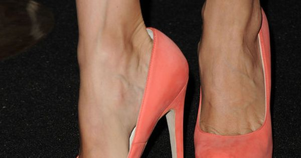 Brian Atwood Coral Pumps. I love the color of these!