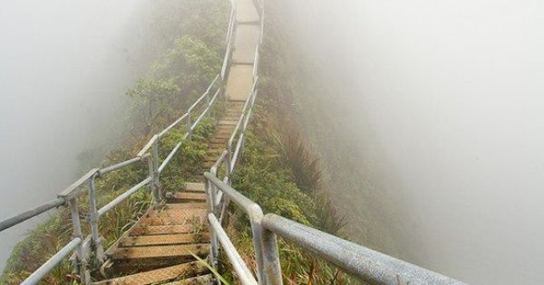 Stairway to heaven : haiku trail, Oahu Road Route Way Path