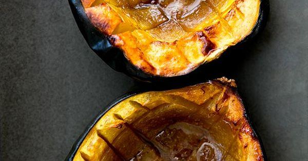 Classic Baked Acorn Squash ~ Easy baked acorn squash recipe, perfect ...