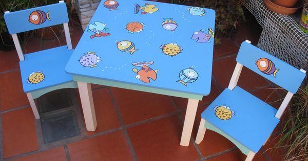 Mesa y sillitas infantiles pintadas a mano para nenes mesas for Sillas para chicos