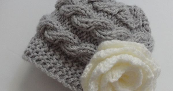 Love this baby hat - is knit sideways and not up and