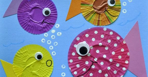 Cupcake Liner fish craft preschool
