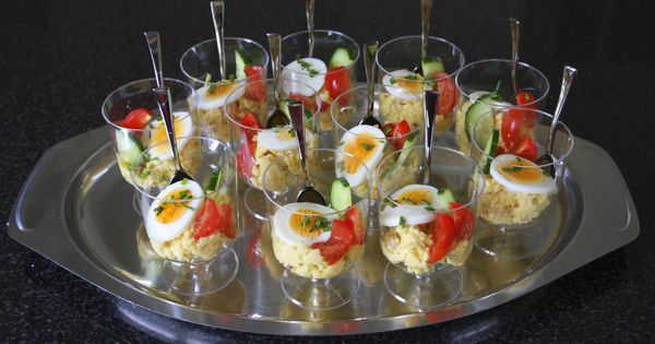 eiersalade in een glaasje fingerfood i food pinterest h ppchen party g ste und kleine. Black Bedroom Furniture Sets. Home Design Ideas