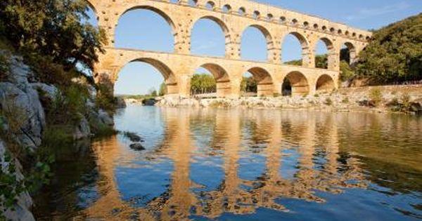 Le Pont Du Gard Roman Aqueduct Culture Of France France Travel
