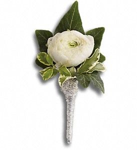 Blissful White Boutonniere In Point Pleasant Nj Purple Iris Flower Shop White Boutonniere Boutonniere Ranunculus Boutonniere