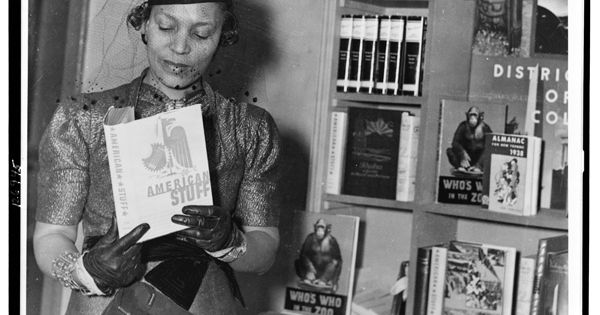 literature harlem renaissance and new negro 25042011 the harlem renaissance brought about uniqueness amongst african americans everything was new the visual art, the jazz music, fashion and literature.