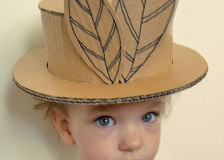 Cardboard hat - for the bbs when they play dressup:]