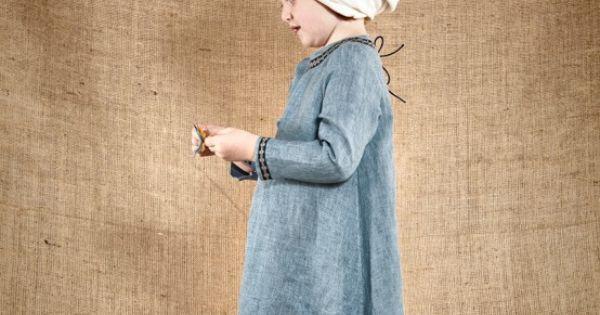Robe D'inspiration Médiévale Du 12ème Siècle Réalisée Dans