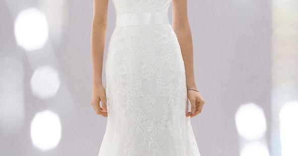 Beautiful wedding gown. My dream dress