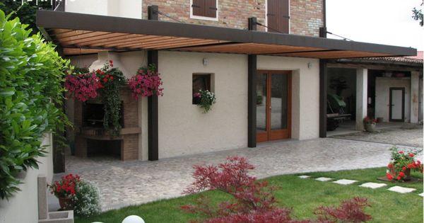 Tettoia in ferro e legno architettura protezione for Giardino rustico traliccio decorativo