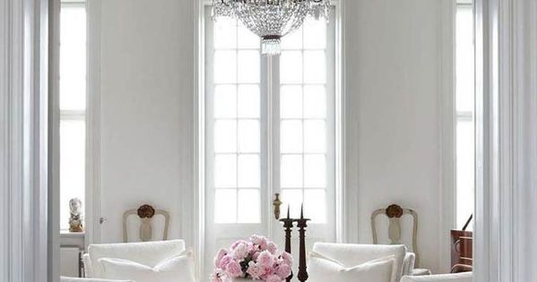 Simply White Living Room Ideas: .4 Matching Chairs In Living Room, Love This Room With It