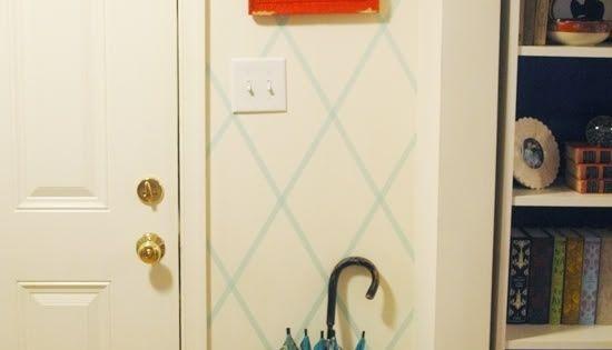 56 adorable ways to decorate with washi tape eine wand schm cken eingang und regenschirme. Black Bedroom Furniture Sets. Home Design Ideas