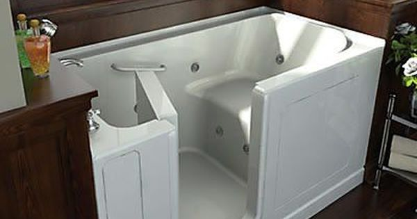 Therapeutic Benefits Of Soaking Jacuzzi And Air Spa Tubs Tiny House Bathtub Small Bathroom Small Bathtub
