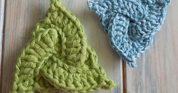 Celtic Trinity Knot Knitting Pattern : [Video Tutorial] Easy Little Designs That Make A Great Impact: Celtic Triangl...