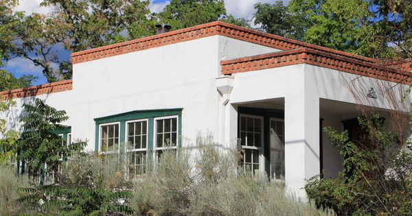 Best Classic Territorial Style Home With Flat Roof Adobe 400 x 300