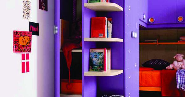 Een voorbeeld van een praktisch ingerichte kinderslaapkamer van goodnightkidzz meubel boulevard - Roze meid slaapkamer ...
