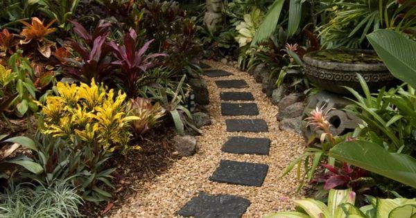 Consiga la apariencia m s natural para su jard n creando for Jardin y natura