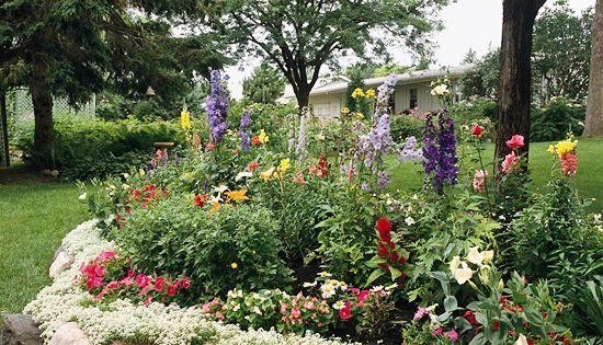 Garden and Landscaping Edging Ideas Rock Garden Edging Mix and match rock