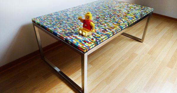 une table basse en lego lego recherche et design. Black Bedroom Furniture Sets. Home Design Ideas
