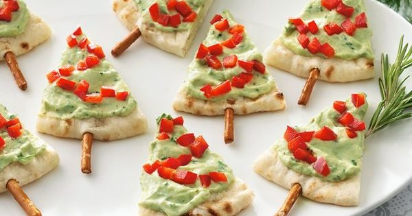 Pita and Hummus Christmas Tree Appetizers. These looked too much like sugar