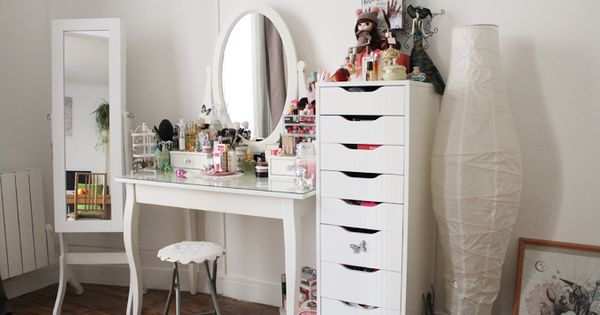 coin makeup chokomag blog beaut coiffeuse ikea tiroirs alex et miroir range bijoux future. Black Bedroom Furniture Sets. Home Design Ideas
