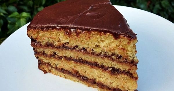 Orange cakes, Cakes and Chocolate ganache on Pinterest