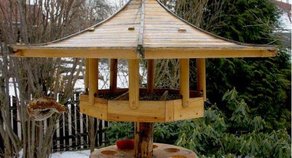 japanisches vogelh uschen vogelhaus futterhaus pinterest vogelh user japanische und. Black Bedroom Furniture Sets. Home Design Ideas