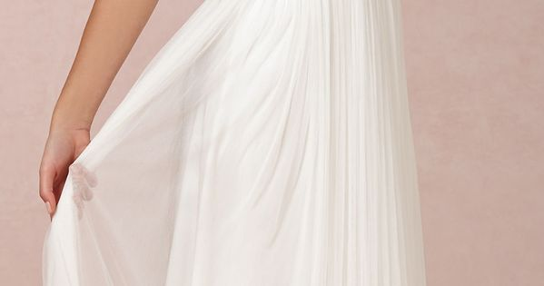 Love this for more of an informal wedding dress. We want our