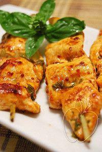 Pollo Marinado Al Limón Pimentón Y Albahaca Pollo Marinado Pollo Comida