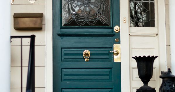 Absolutely love this door!!! 12 Colorful Front Doors | Home | Bright