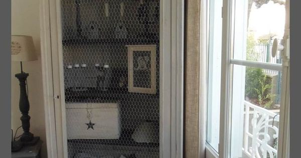 armoire vitrine biblioth que tag re atelierdes4saisons. Black Bedroom Furniture Sets. Home Design Ideas
