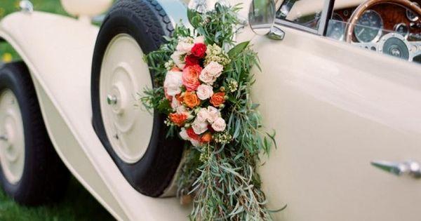 D coration voiture mariage 55 id es de d co romantique mariage bouquets et d coration Decoration voiture mariage romantique