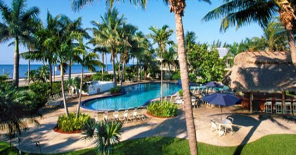 Key West Best Western Key Ambassador Is A Great Inexpensive Place To Stay Everyone Loves This Key West Hotel Key West Hotels Florida Hotels Ocean View Hotel