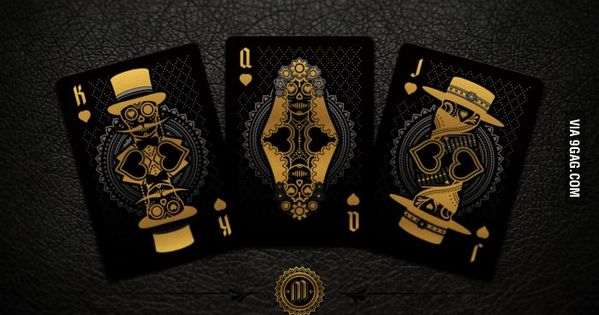 Beautiful and Deadly Playing Cards: Muertos by Steve Minty-----------WANT