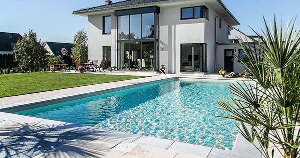 Moderne stadtvilla walmdach  Moderne Stadtvilla mit Zeltdach - Tauber Architekten und ...